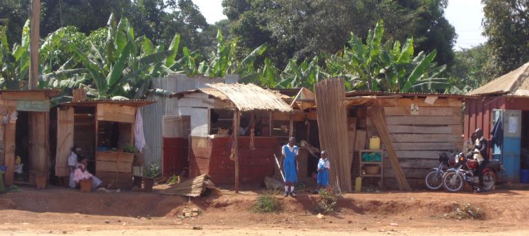 Avsi. Il viaggio in Uganda. La città